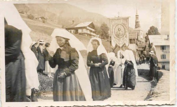 Photo procession