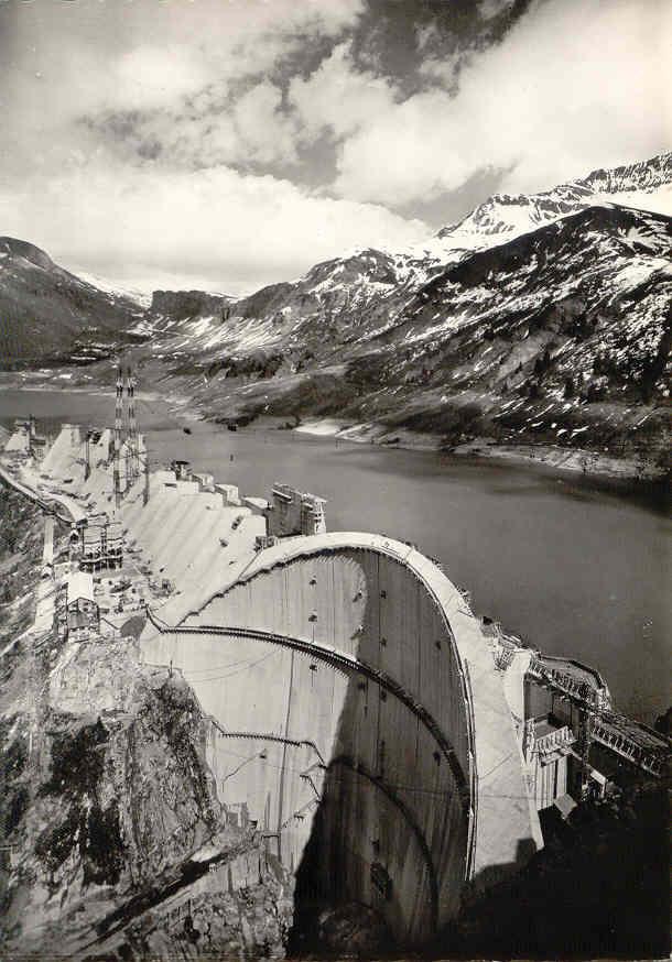 Construction barrage Roselend mise en eau