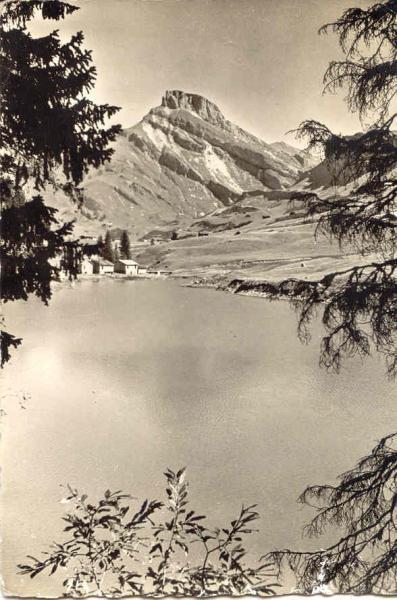 Lac Roselend bout du lac