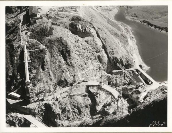 photo de la construction du barrage