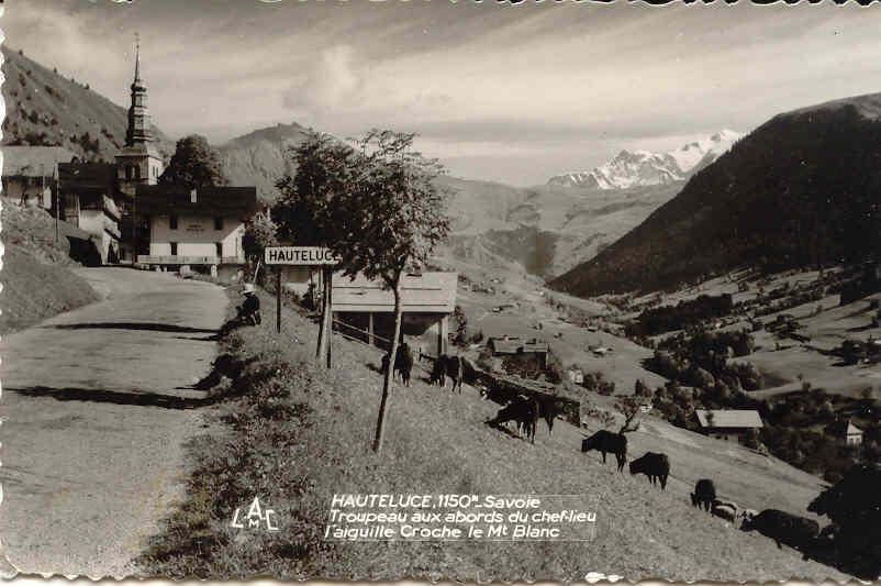 Hauteluce troupeau entrée village
